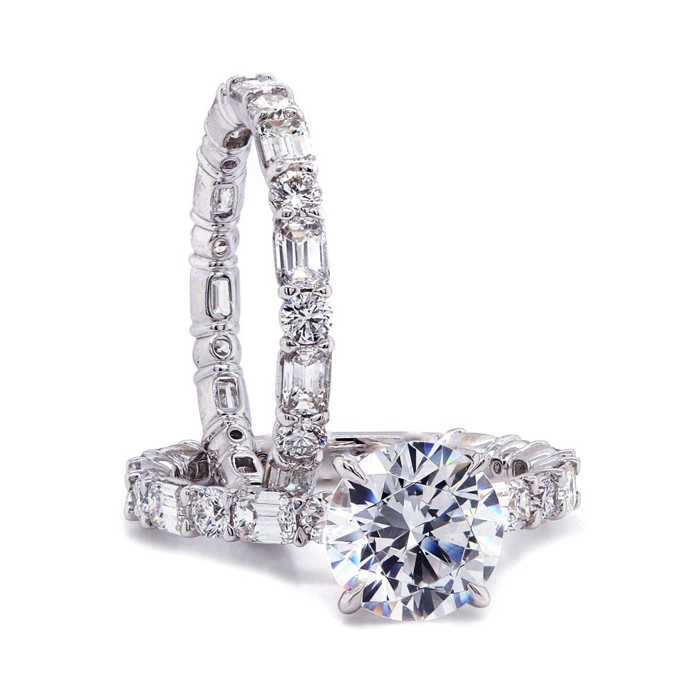 Alternating Round and Emerald cut Diamond Wedding Set