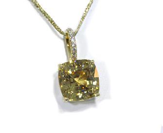 Golden zircon solitaire yellow gold pendant