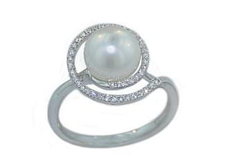 8mm South Sea's pearl pave' diamond swirl ring
