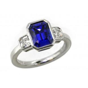 2.73ct Emerald cut sapphire w/ asscher diamond rin