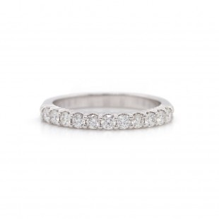 White Gold Shared Prong Seven Diamond Band .41CT TW