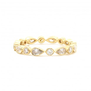 Pear And Round Diamond Alternating Band