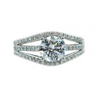Three-row split fishtail pave' diamond ring