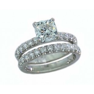 French pave' diamond wedding set 0.91ctw in white gold