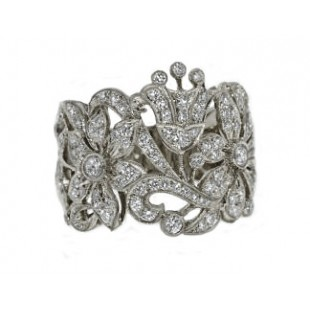 Fancy crown and floral pierced pave' diamond band