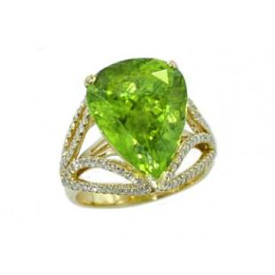 9.38ct pear peridot 18k gold diamond ring