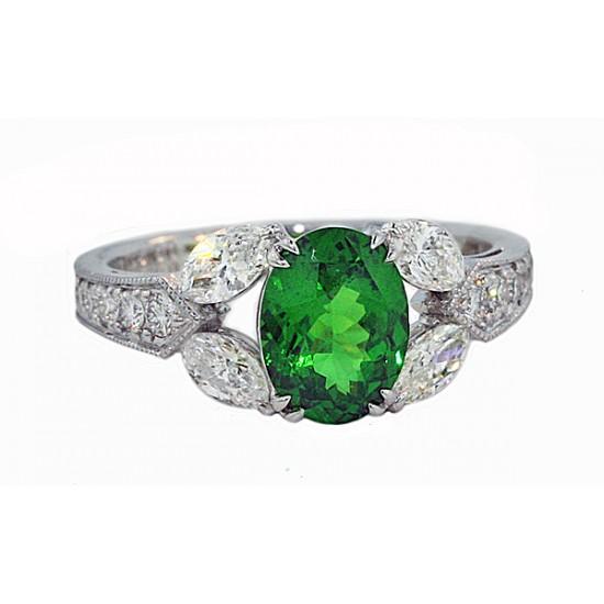 Tsavorite garnet and marquise diamond 18k ring