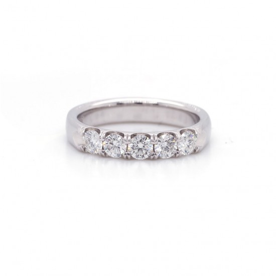 Diamond Shared Prong Band 0.68 cttw