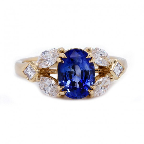 Oval Sapphire Yellow Gold Ring
