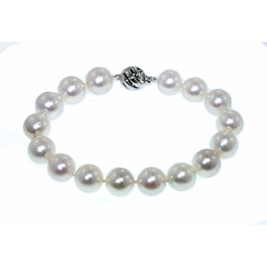 10.75mm white pearl bracelet with white gold clasp
